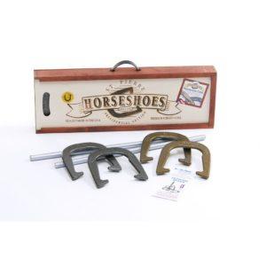 St. Pierre American Professional Horseshoe Set